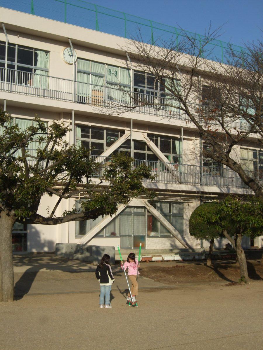 我孫子市立湖北台西小学校のサムネイル